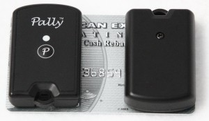 Pally Smart finder to Creditcard 300x175 Pally Smart Key Finder (KF 4A)